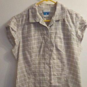 Columbia Sportwear Tan Plaid shirt